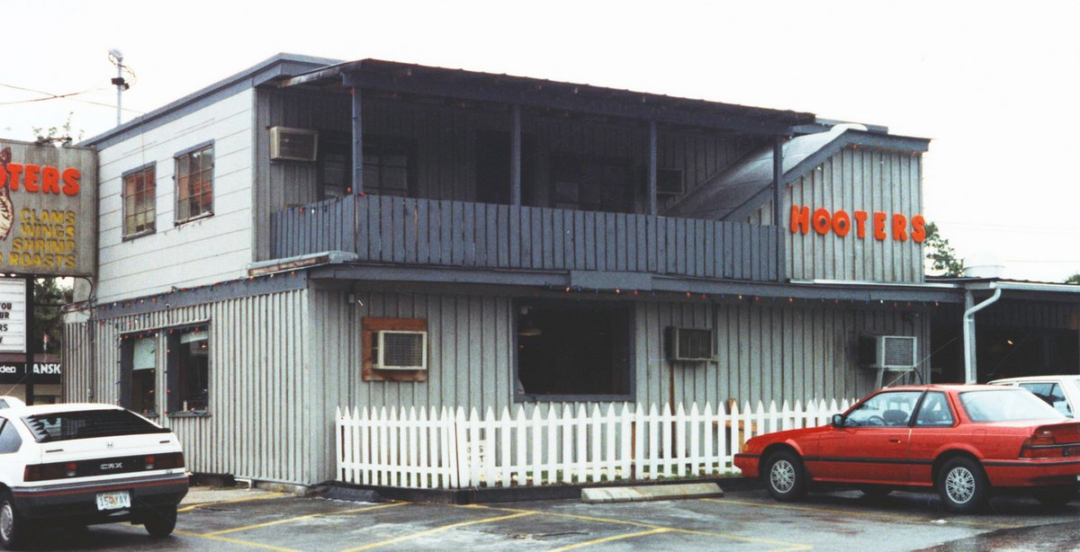 The very first Hooters restaurant opened at 2800 Gulf to Bay Blvd in Clearwater, Florida in 1983